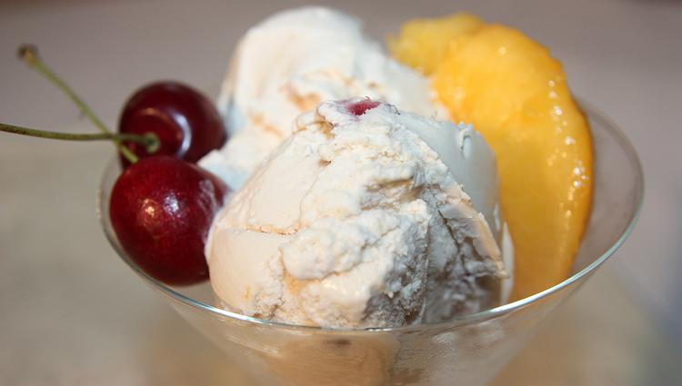 It's National Peach Ice Cream Day!